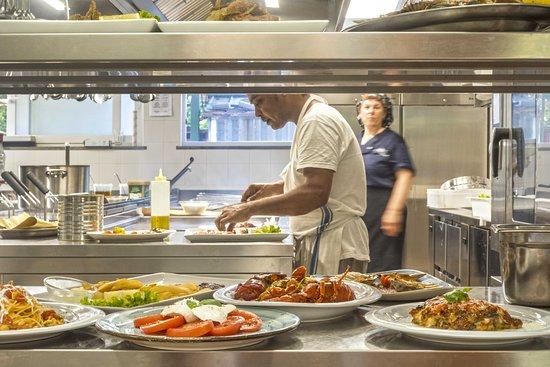 Blu Marino: Cucina