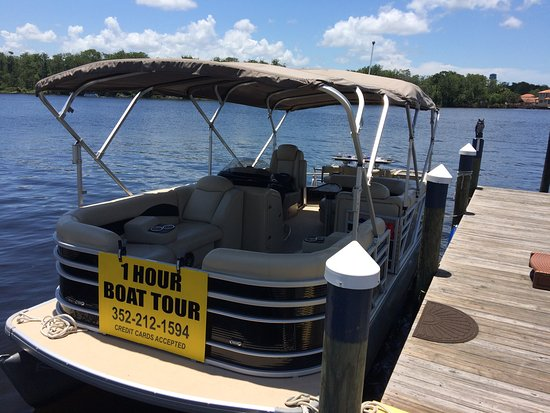 Homosassa, FL: Aqua Patio Pontoon Boat