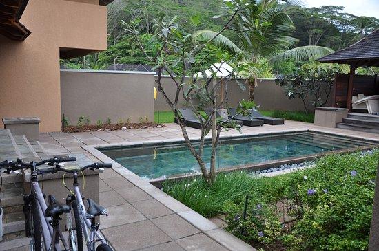 Constance Ephelia: Villa pool