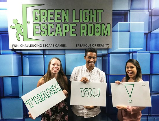 ‪Green Light Escape Room‬