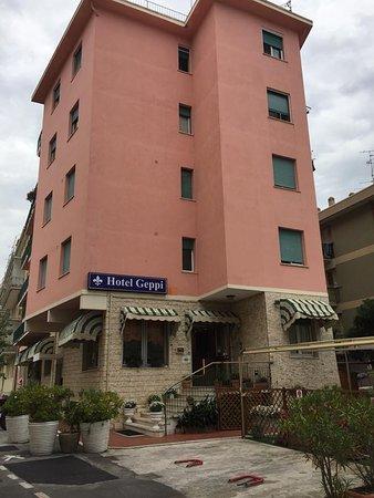Hotel geppi pietra ligure italia prezzi 2018 e recensioni for Hotel liguria milano