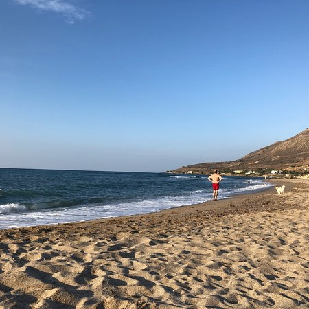Episkopi, Greece: Wonderful place for families and dog owners! ☀️🇬🇷👍🏻