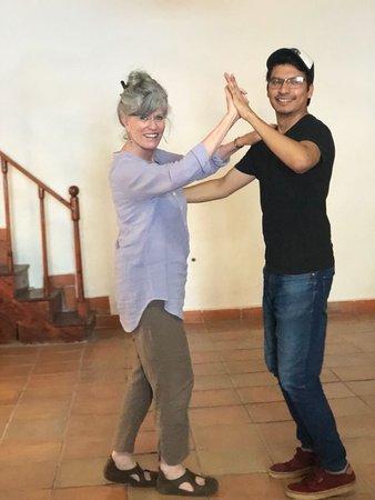 Escuela Mexicana: Salsa class!