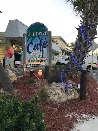 Gulf Drive Cafe: From the road