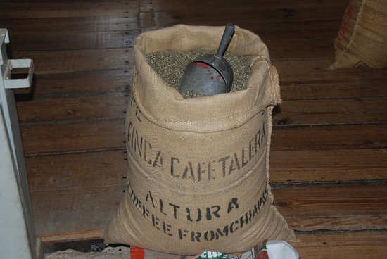 Cafe La Fortuna: In our mill we process every beans before being shipped to our customers around the world.