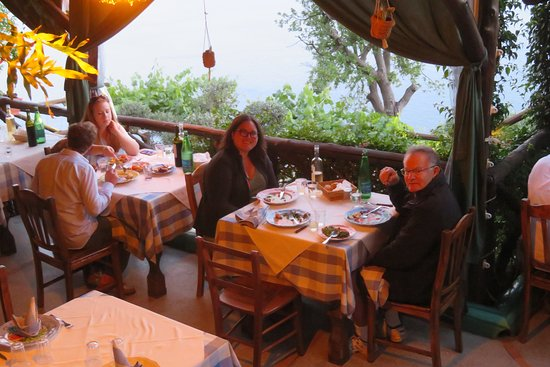 La Tagliata: Pleasant tables
