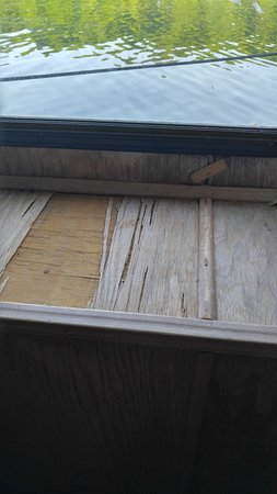 Byrdstown, Теннесси: Bedroom windowsill