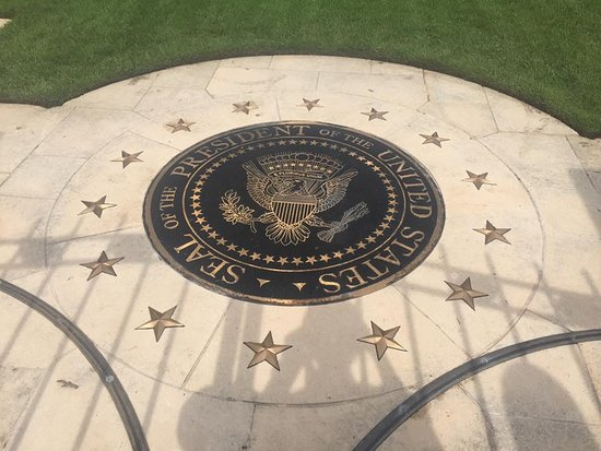 George Bush Presidential Library and Museum: The Seal