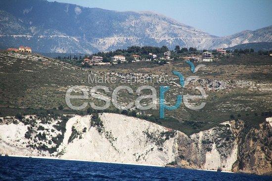Escape boat rentals: White rocks beach