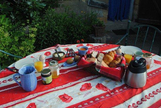 Brenazet: ontbijt