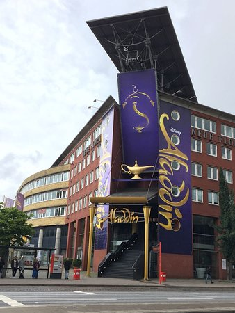 Eingangsbereich Bild Von Disneys Aladdin Hamburg Tripadvisor