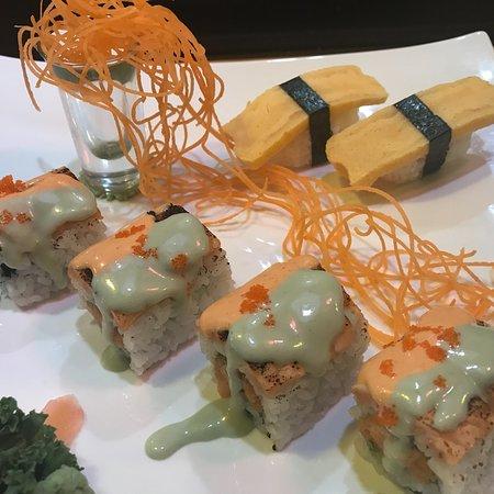 Sakura Teppanyaki N Sushi