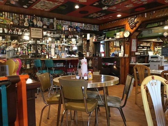 Foxfire Fixin's: bar