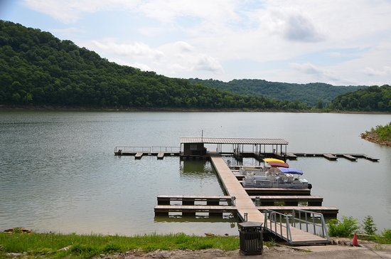 The Retreat At Center Hill Lake: Boat Dock