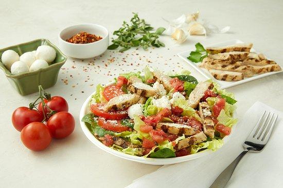 Donatos Pizza: Chicken Caprese Salad
