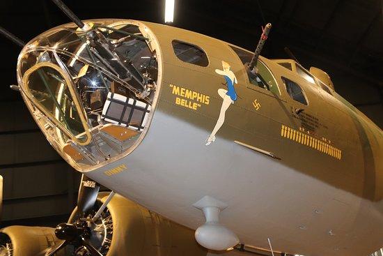 Nasjonalmuseet for amerikanske luftstyrker: Restored Boeing B-17 F Flying Fortress