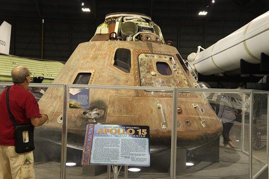 Nasjonalmuseet for amerikanske luftstyrker: The actual Apollo 15 Command Module Endeavour