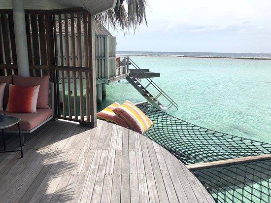 Kanuhura - Maldives: Water villa