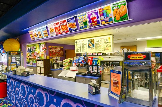 Skagit Skate: Quinch your thirst and feed your hunger at our snackbar!