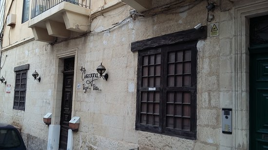Preluna Hotel and Spa: Side streets are so  lovely and full of history