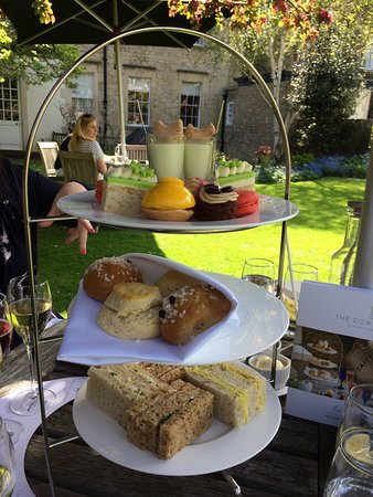 The Royal Crescent Hotel & Spa : Afternoon tea
