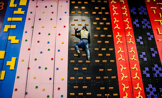 Fun Park Amusement Center: Climbing Wall
