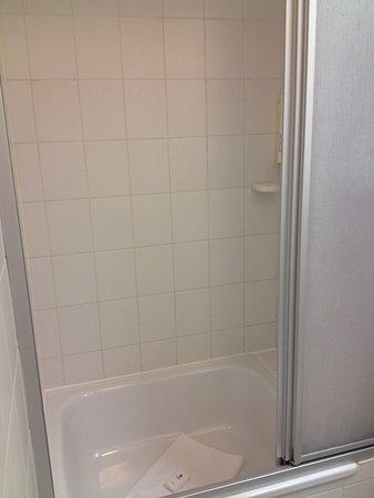 Best Western Hotel Prisma: Shower