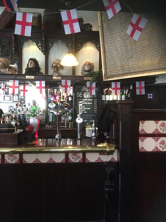 Rosies Bar: More heads and the history of who Rosie was