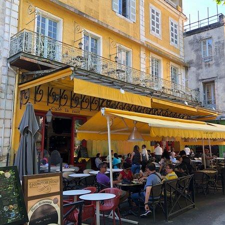 Le Cafe La Nuit: photo1.jpg