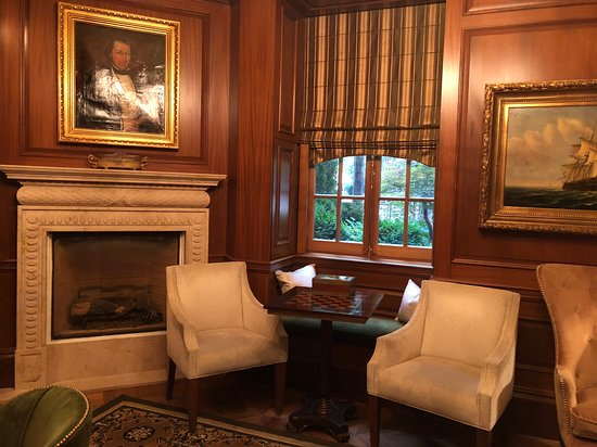 The Jefferson, Washington DC: the bookroom