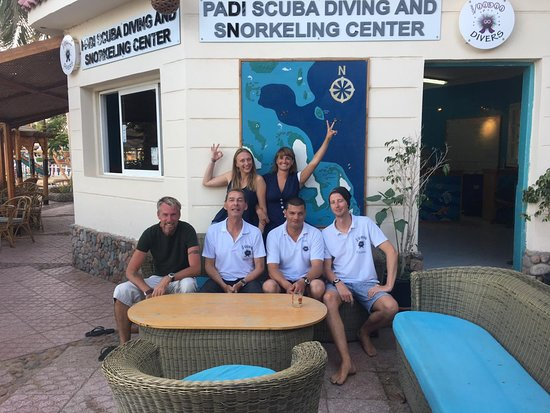 Voodoo Divers: Where do I even start describing these guys... So much knowledge about diving on one couch!