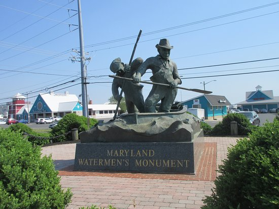Watermen's Monument