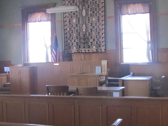 Navajo County Historical Museum: courtroom