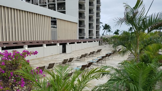 Pool Area Picture Of Waikiki Beach Marriott Resort Spa