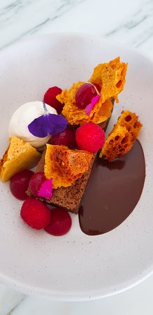 Tides Waterfront Dining: Chocolate Brownie, honeycomb, raspberry, chantilly