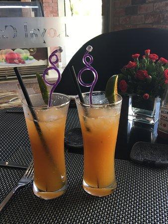 Royal Hotel Saigon ( Kimdo Hotel): Cocktail hour