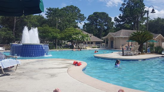 Island Links Resort: one of the pools with depth of 4.5 ft