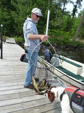 Big Lake Wilderness Lodge: Private dock with a Morning Catch off the Dock