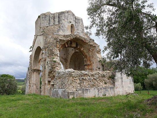 Abbazia Di San Bruzio A Magliano