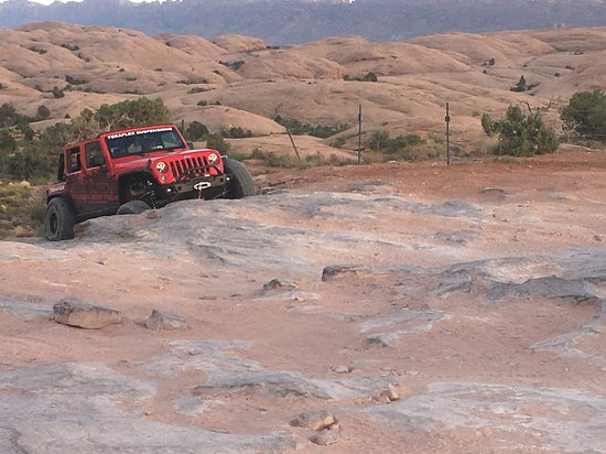 Dan Mick's Guided Jeep Tours: One tire