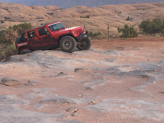 Dan Mick's Guided Jeep Tours: maybe not pointing in the same direction...