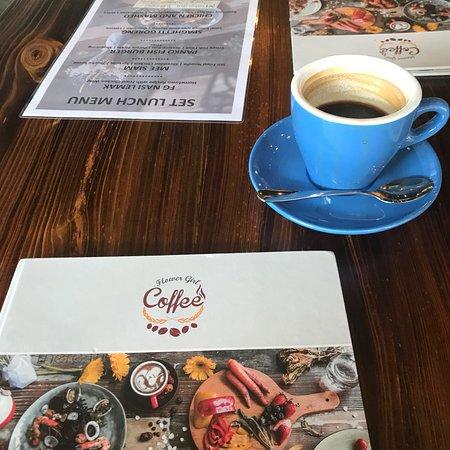 Bilde fra Flower Girl Coffee