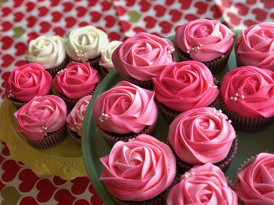 Honey & Grains Bakery: Devilishly Good Cupcakes
