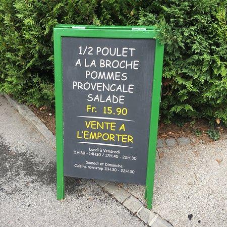 Chez Ma Cousine Vieille-Ville: photo1.jpg