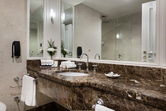 Pan Pacific Perth: Premier King Room - Bathroom