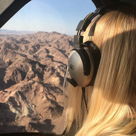 Sundance Helicopters: photo3.jpg