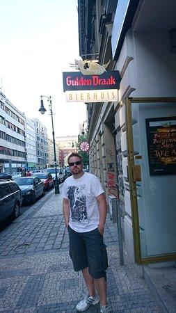 Gulden Draak Bierhuis: Визитка