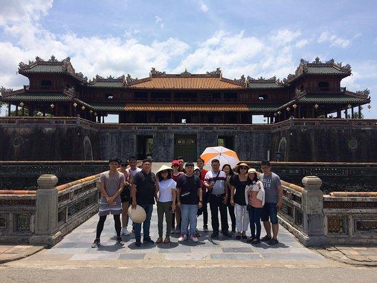 """Da Nang Car Rental to Hue Imperial City"""