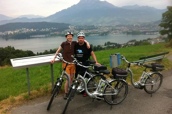 3 Lakes Scenic E-Bike tour with Lake Lucerne Boat ride