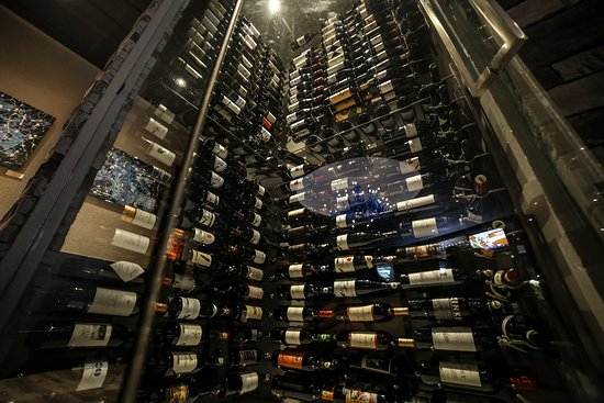 MMR Prime Steakhouse: Wine Heaven
